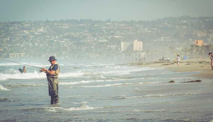 Surf Fishing Fan Casting