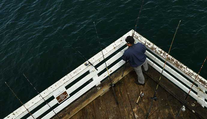 Pier Fishing Tips Use Multiple Rods