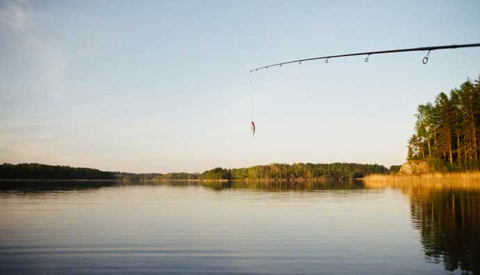 Best fishing rod over a lake