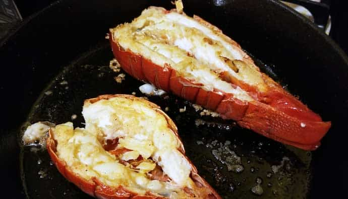 How to cook spiny lobster in a cast iron