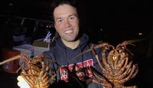 how to catch spiny lobster