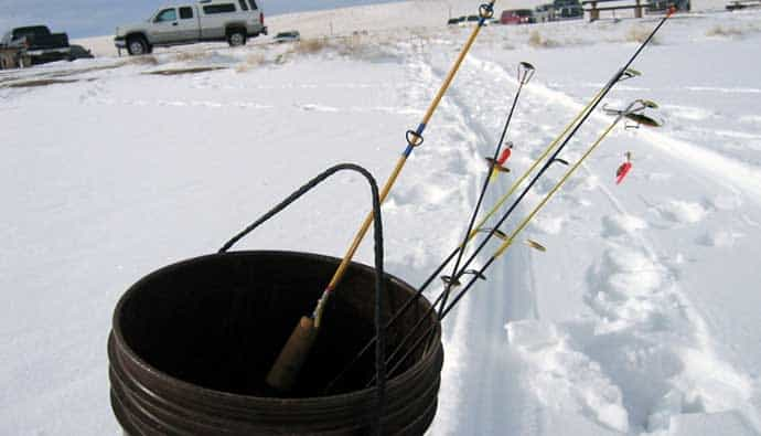 best ice fishing bucket