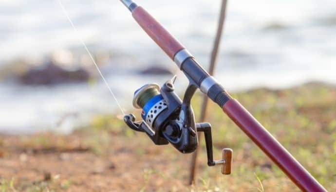 How to String Your Fishing Pole